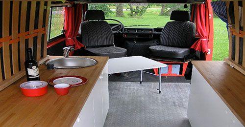 camper bus binnen
